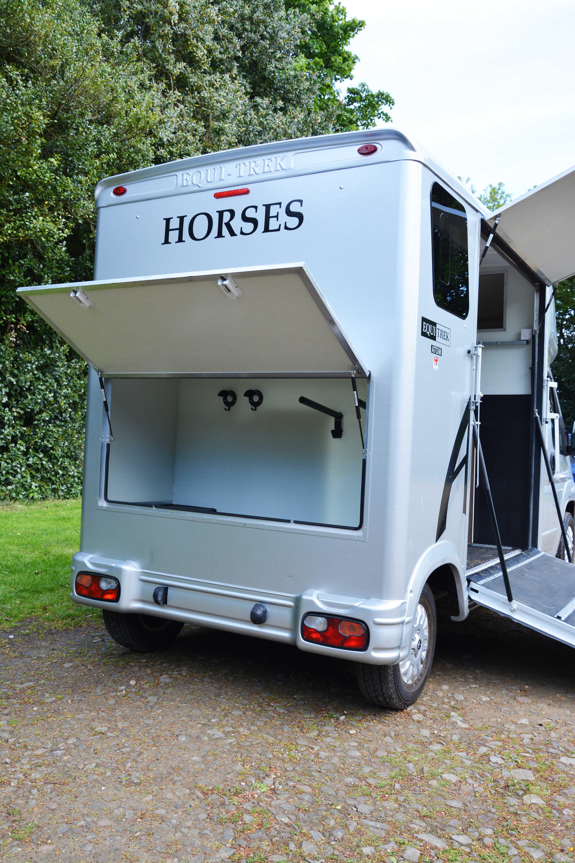Atom Horsebox