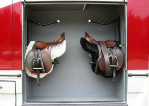 envoy-classic-saddle-rack