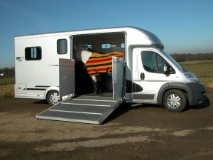 Equi-Trek silver side loading