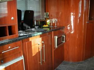 voyager-kitchen2