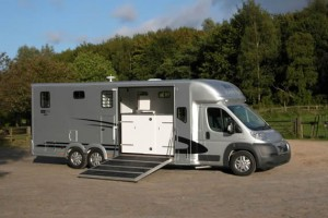 Equi-Trek Valiant Five Horsebox
