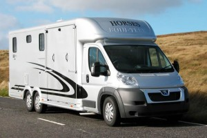 Equi-Trek Valiant Horsebox
